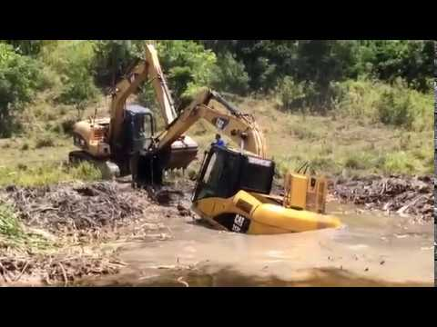 Dangerous Biggest Excavator Rescue Working