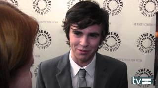 Interview HappyCool (paley fest)