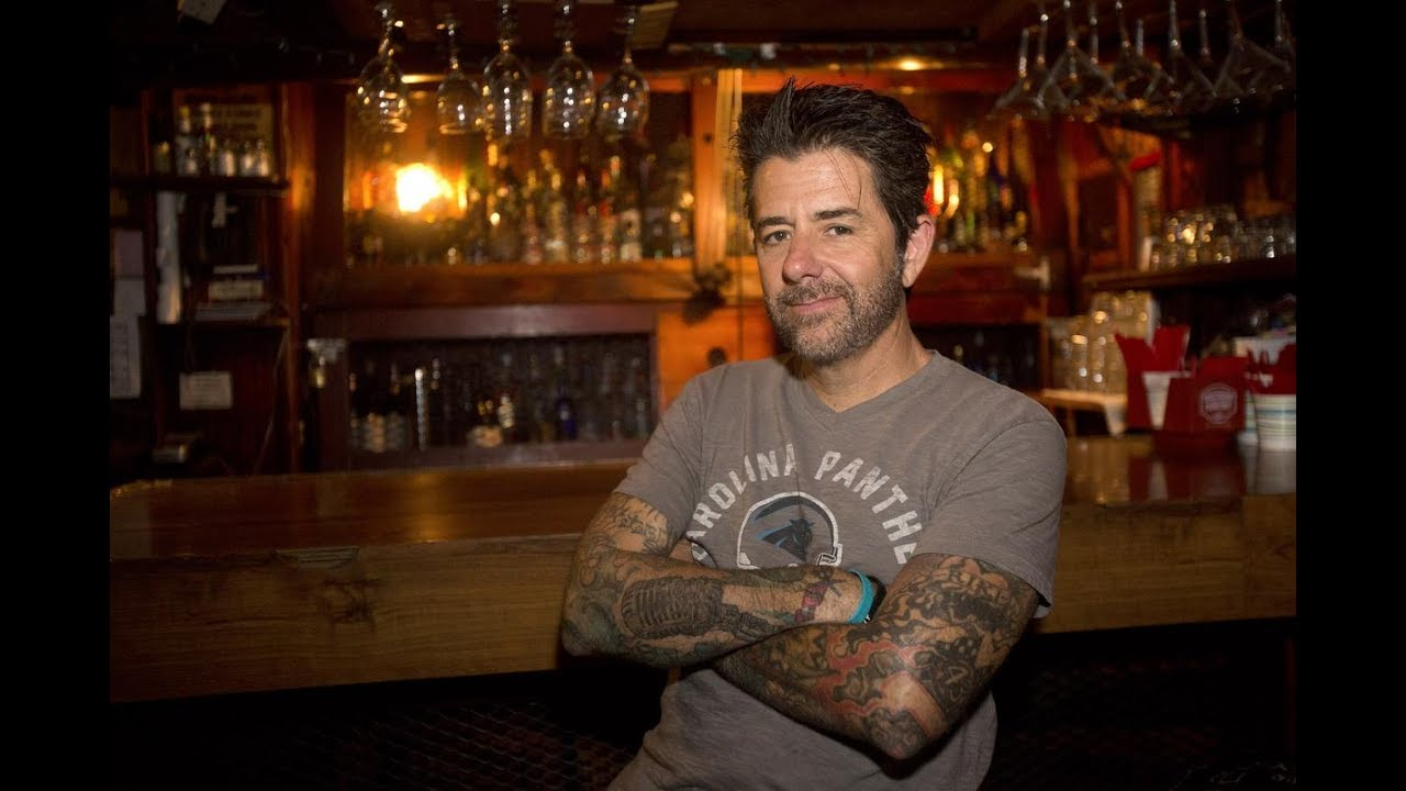 Cover image for #32 - NEVER GIVE UP - RIKI RACHTMAN