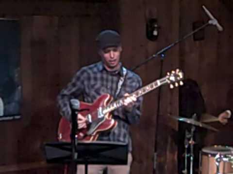 Kurt Rosenwinkel (1.03.09,Chris Jazz Cafe,Philadelphia) online metal music video by KURT ROSENWINKEL