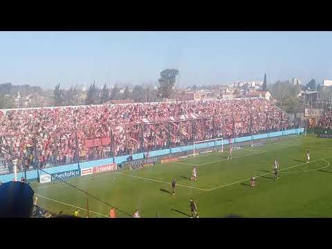 """""""EMOCIONANTE ALIENTO de la Hinchada de ESTUDIANTES PERDIENDO 2 a 0"""" Barra: Los Leales • Club: Estudiantes de La Plata"""