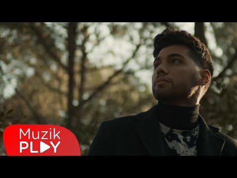 Evdeki Saat - Uzunlar (Official Video) Sözleri
