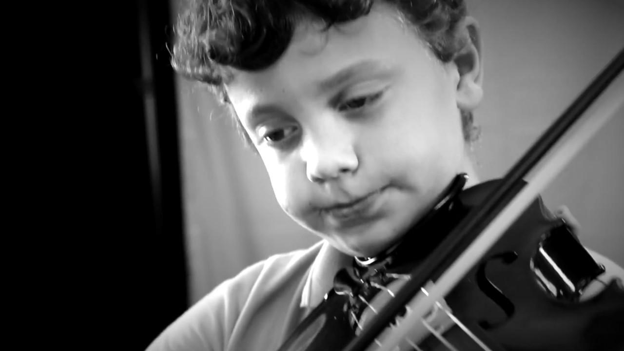 """Peñarredonda's Got Talent. Eduardo P. Sanderson. Nos explica la """"Viola"""""""