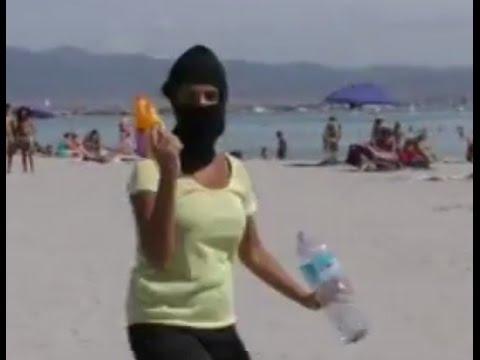 Jedes Jahr nehmen Urlauber Unmengen Sand aus dem Urlaub mit nach Hause