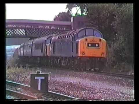 40197 thrashes out of Dewsbury with 45023 18/07/83