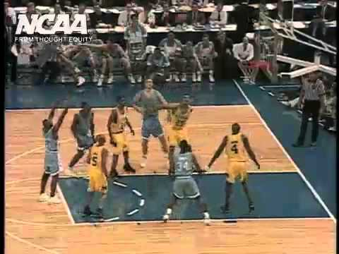 Video: Chris Webber calls non-existent timeout