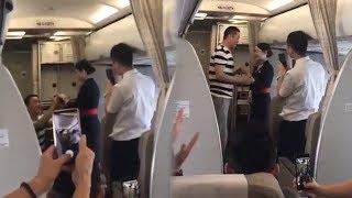 Video Viral Pramugari Dilamar Pacar, Malah Alami Nasib Apes Setelahnya