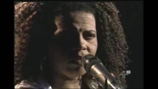 Adriana Moreira - Cordão