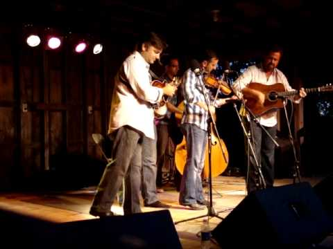 Dan Tyminski and The Travelin McCoury's - Whose Shoulder Will You Cry On