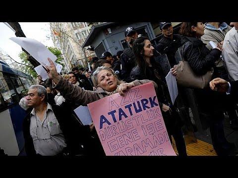 Die Proteste gegen den Ausgang des Referendums in der Türkei gehen weiter