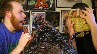 NECA ALIEN EGG AND FACEHUGGER - LIFESIZE 1/1 XENOMORPH REPLICA PROP UNBOXING AND REVIEW