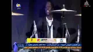 تحميل اغاني مذيع قناة النيل الأزرق يفقد صوابه و يرقص مع ندي القلعة من شد الحماس MP3