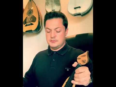 Ο Ματθαίος Τσαχουρίδης παίζει μουσικό θέμα από την ταινία «Ο Ιησούς από τη Ναζαρέτ» του Φράνκο Τζεφιρέλι
