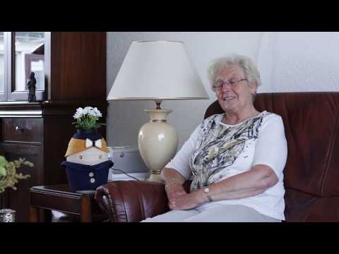 Ervaringsverhalen van mensen met dementie met Tinybot Tessa