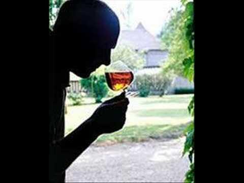 La cura di alcolismo è Mosca libera