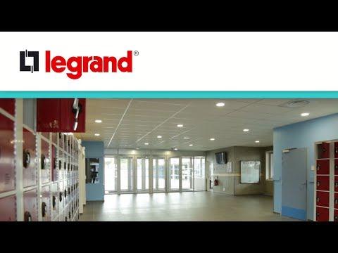 Un collège BBC avec éclairage maitrisé à Saint Nazaire