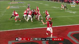 Chiefs Punter Tommy Townsend SHANKS Punt (29 YARDS)