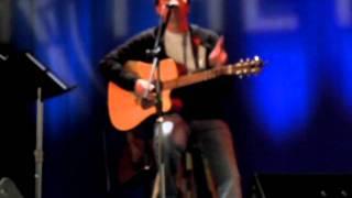 Chris Cummings - The Kind Of Heart That Breaks