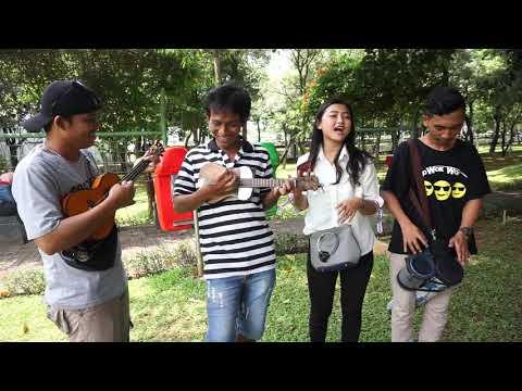 , title : 'Kependem Tresno Cece Diana Fans Trio Wok Wok Dari Wonigiri Ajak Duet | Semua Pada Baperan🤣'