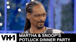 Martha Claims Grilled Cheese Gets Your Freak On | Martha & Snoop's Potluck Dinner Party - Video Youtube