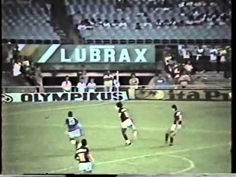 Flamengo 0 x 0 Cruzeiro (18/10/1987)