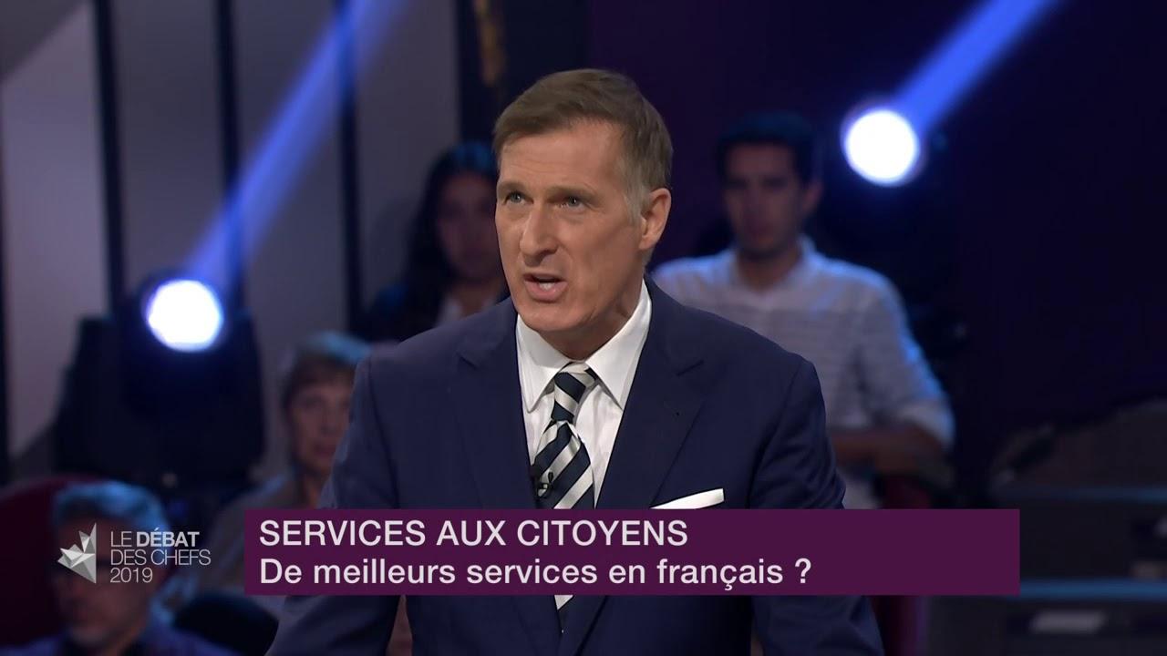 Maxime Bernier répond à la question d'un citoyen sur les services en français