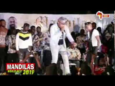 WATCH HOW SMALL DOCTOR & MALAIKA ARE DRAGGING MONEY ONSTAGE