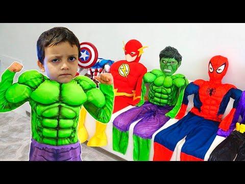 Rodrigo became a superheroes and helps his friends
