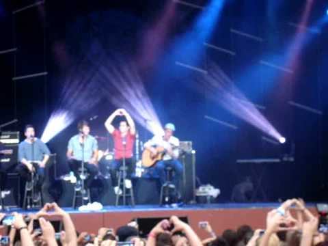 Big Time Rush Live Universal Studios Orlando concert Song #5 Stuck
