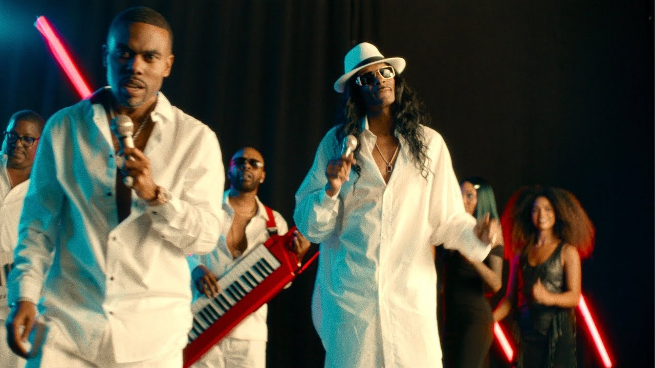 Snoop Dogg - Do You Like I Do Ft. Lil Duval (Official Music Video)