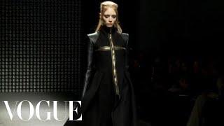 Fashion Show - Gareth Pugh: Fall 2011 Ready-to-Wear