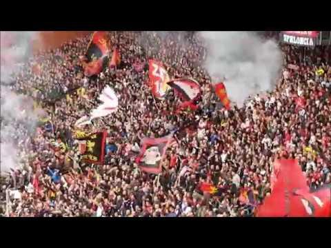Genoa - Juventus: Tifo della gradinata nord e spettacolare coro Dale Genoa