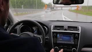 Test-drive Subaru Legacy 2018 - автоматический контроль курса по разметке