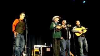 """Gone Home"" - Doyle Lawson & Quicksilver"