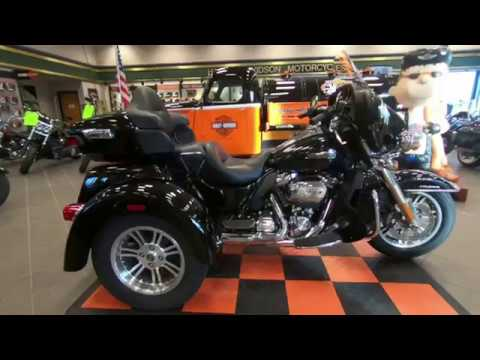 2019 Harley-Davidson Tri-Glide Ultra FLHTCUTG