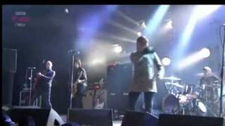 Four Letter Word - Beady Eye (Live) Reading Festival 2011