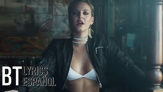 Clean Bandit   Rockabye Ft. Sean Paul & Anne Marie (Lyrics + Español) Video Official