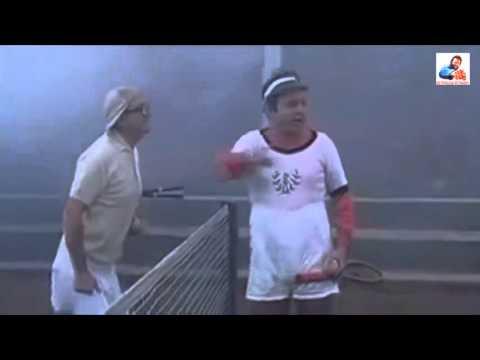 Fantozzi e Filini partita a tennis con abbigliamento, congiuntivi e prima battuta.
