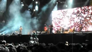 Tv On The Radio - Red Dress (live)