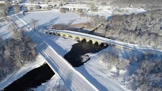 Kaunis Suuresilla sild Kuressaares Saaremaal ja talvine loodus 4K