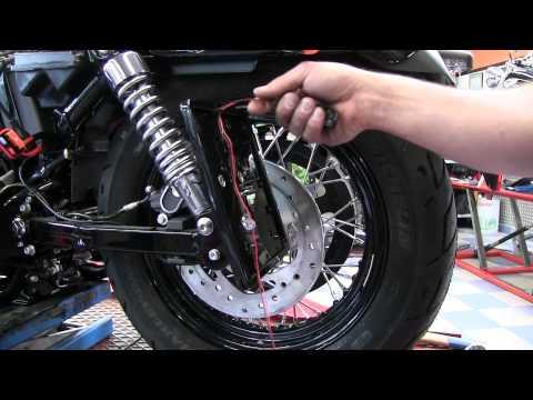 Thunderbike: Montage seitl. Kennzeichenhalter Harley Davidson - Sportster ab 2004