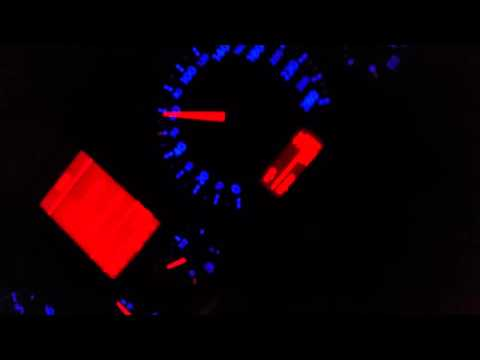 Ob das Öl ins Benzin des Motorblocks notwendig ist