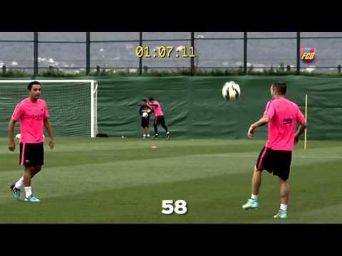 TOP Skills - Xavi, Iniesta & Sergio Busquets / مهارات خارقة من إبداع ثلاثي وسط برشلونة
