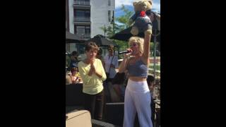"""Vanessa Salvucci performs for Mumma Alma Wahlberg """"Everybody Needs a Best Friend"""" from the movie Ted"""