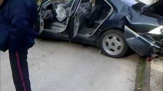 preview picture of video 'Mercedes Benz S class (crashed)'