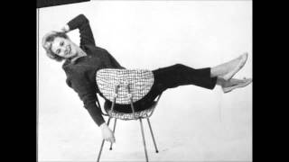 Annie de Reuver   Meisje klein1954