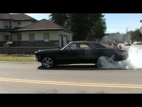 Crazy street accelerations and burnouts,insane sound of muscle cars,rat rods and super cars