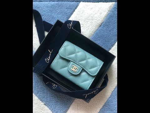 Chanel 18C light blue iridescent cardholder / o-coin purse
