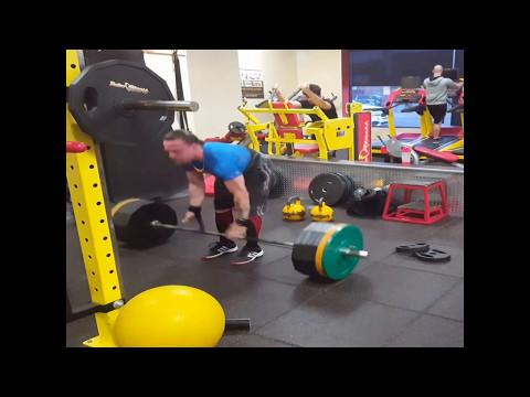 Squats 325bs -10 reps 375lbs-1 rep 395 lbs - 1 rep  deadlift 475 lbs-1 rep 2016