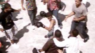 preview picture of video 'pelea en las abejitas ivan vs wascar'
